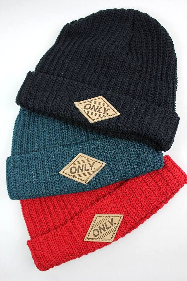 ONLY NEWYORK / LEATHER PATCH CUFF BEANIE
