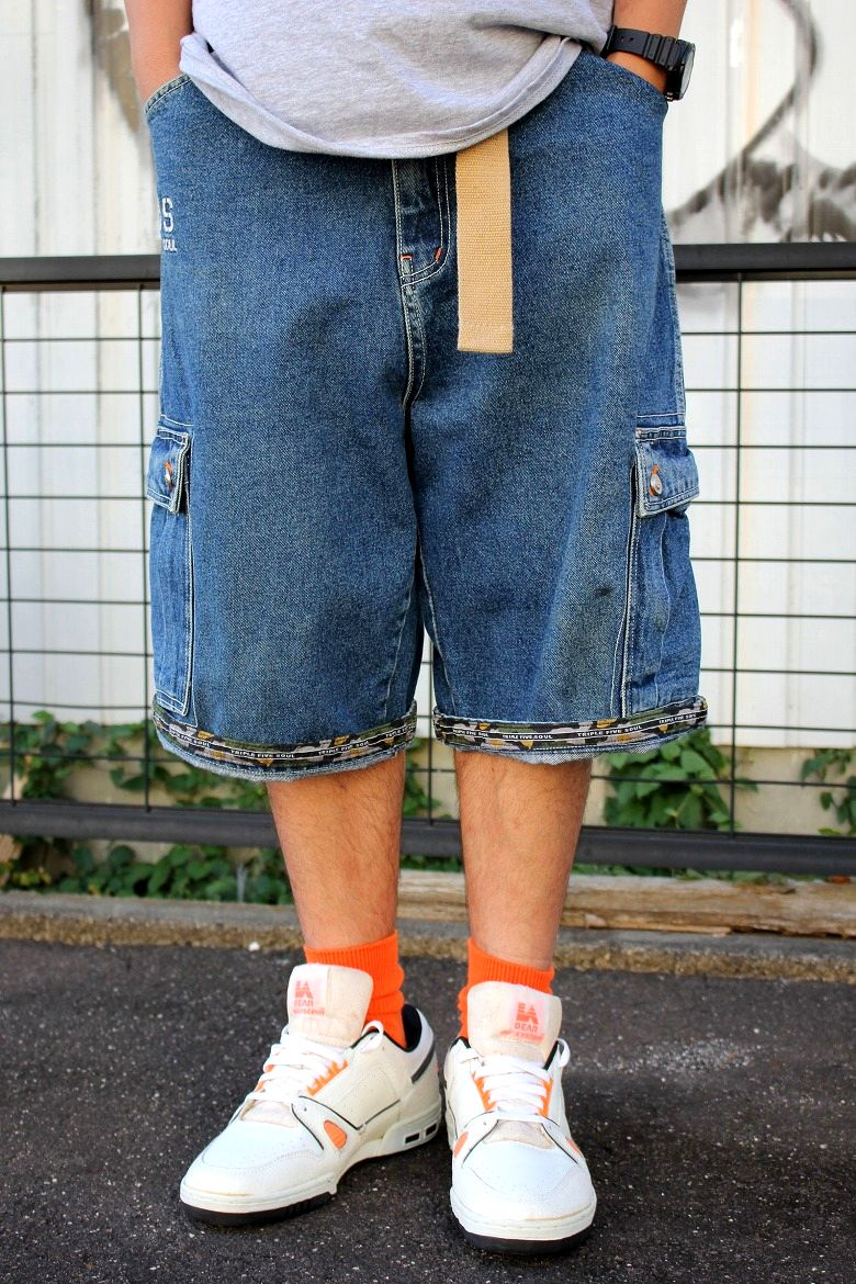 USED!!! TRIPLE FIVE SOUL / DENIM CARGO SHORTS (90'S) / stone wash indigo