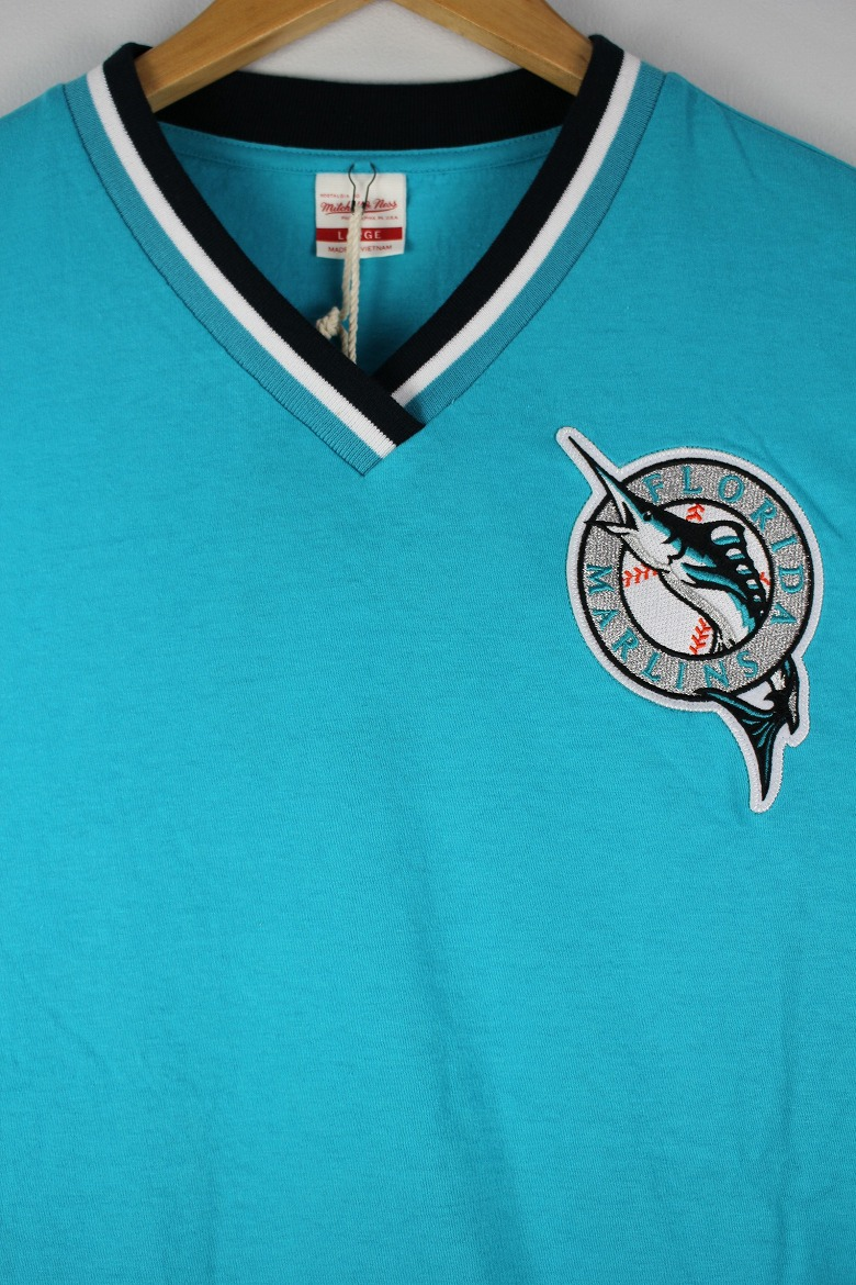 "MITCHELL&NESS / ""FLORIDA MARLINS"" V-NECK MARLINS / tarquoise blue×navy×white"
