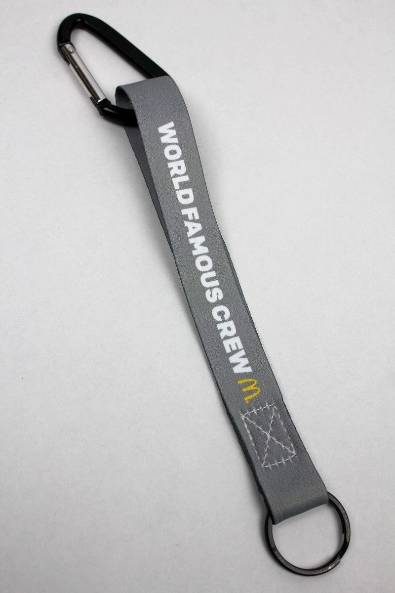 "McDonald's / ""WORLD FAMOUS CREW"" KEYCHAIN"