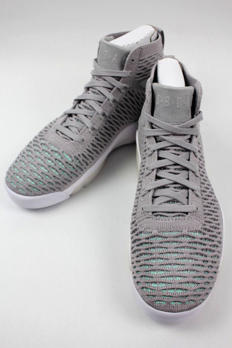 AIR JORDAN / AIR JORDAN FLYKNIT ELEVATION 23 / grey