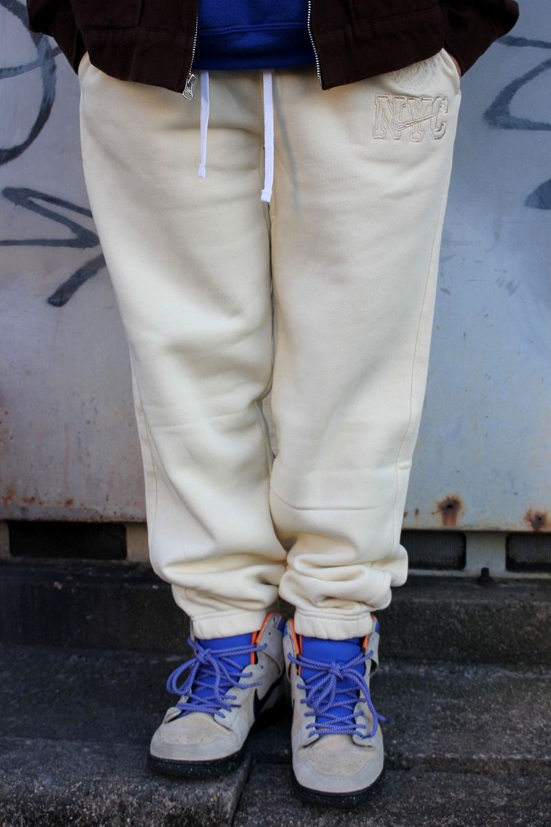 "NIKE / ""NYU"" SWEAT PANTS / cream"