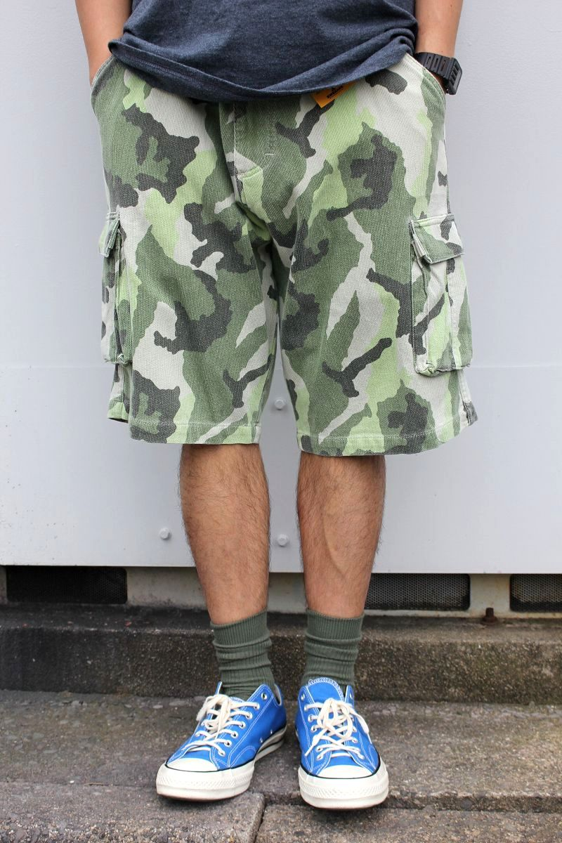 USED!!! COUNTER CULTURE / CORDUROY CAMO CARGO SHORTS (90'S)