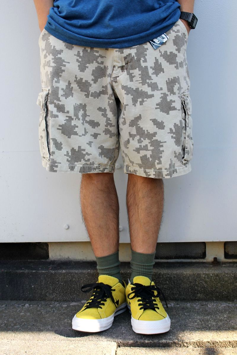 USED!!! STUSSY / CAMO CARGO SHORTS (90'S) / digital camo