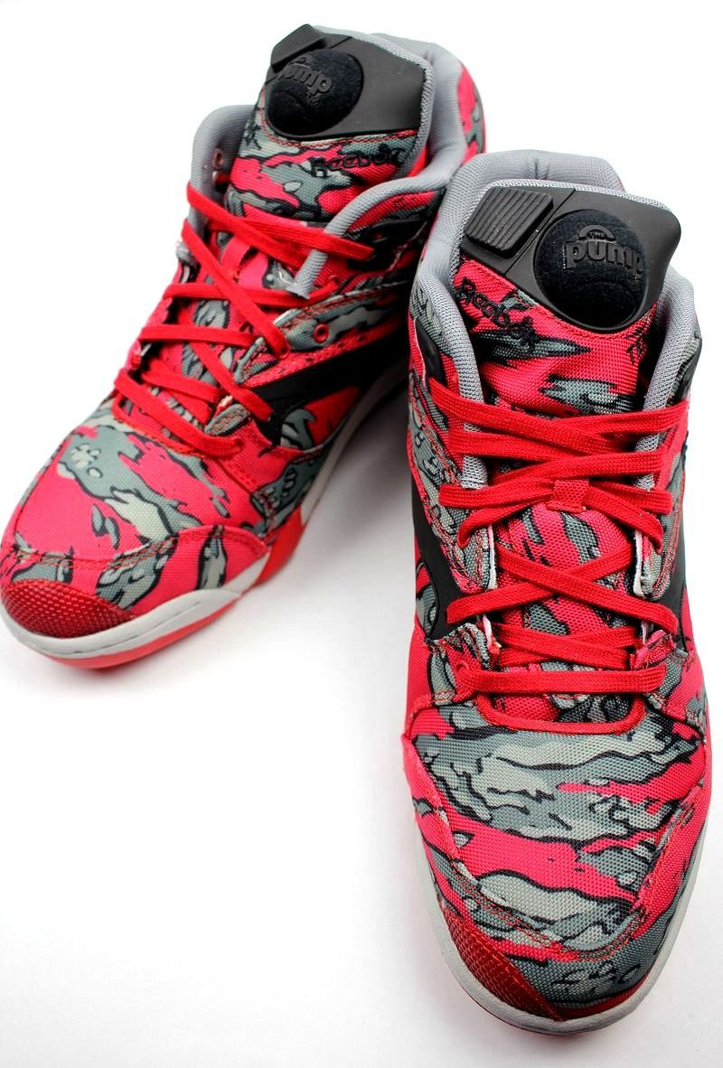 REEBOK × STASH / COURT VICTORY PUMP / red