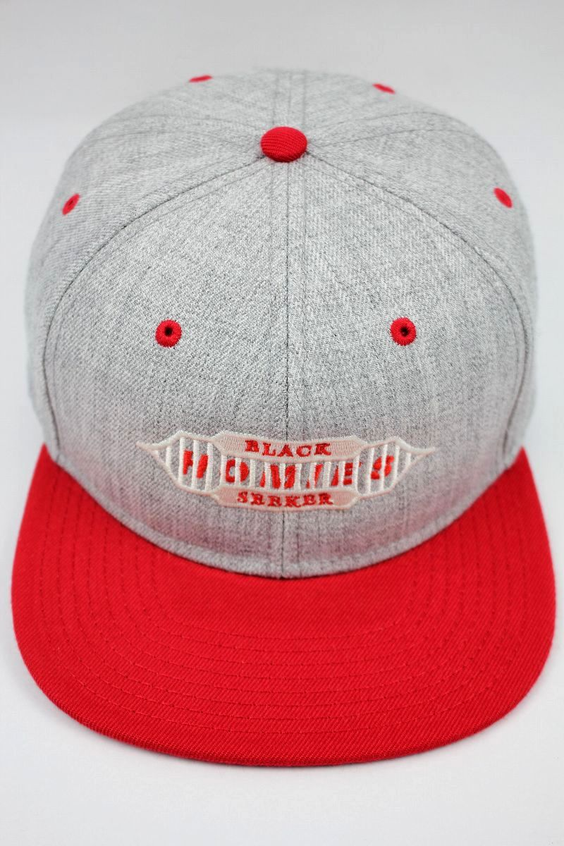 "BLACKSEEKER / ""HOMIES"" TWO-TONE SNAPBACK CAP / heather grey×red"