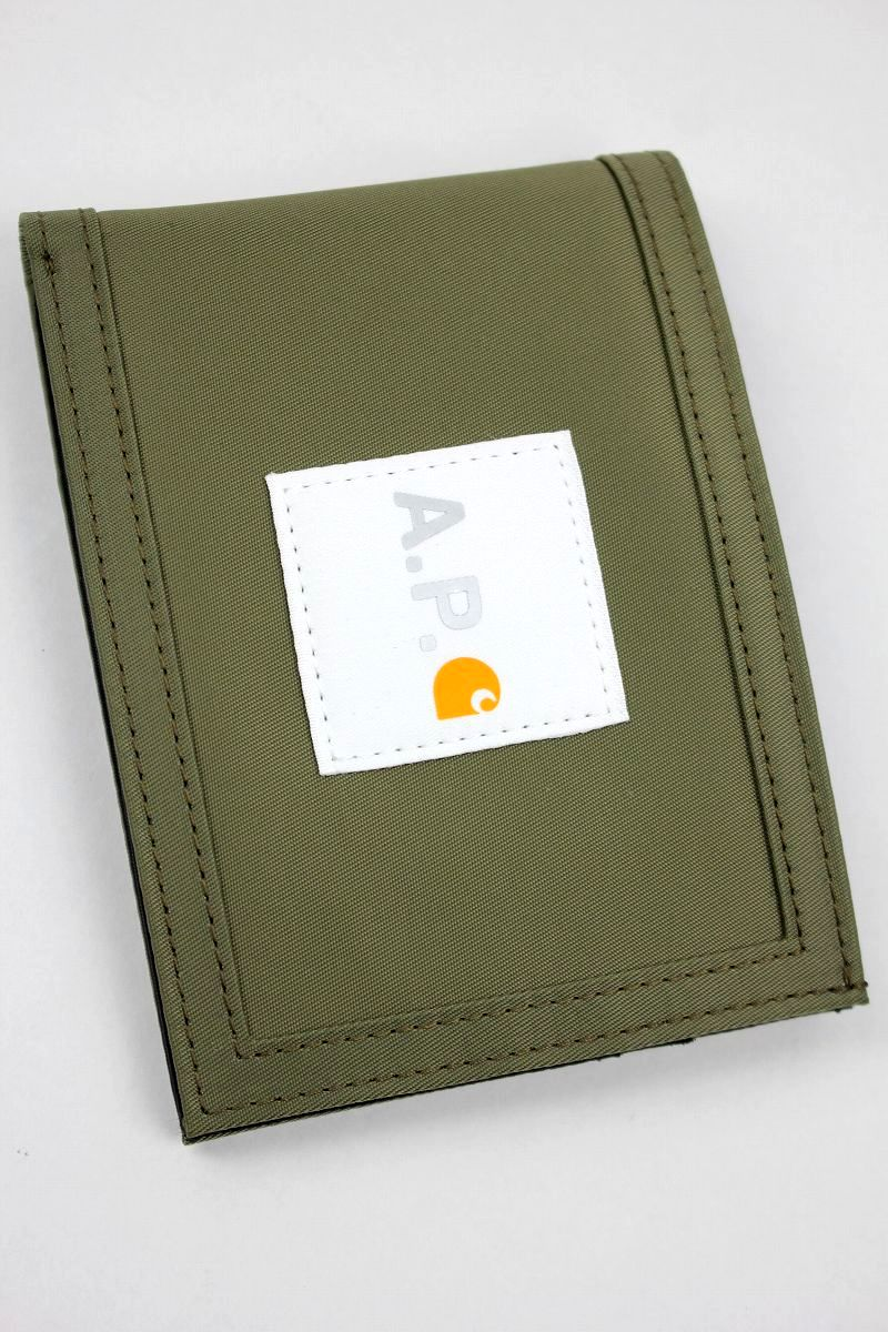 CARHARTT WIP × A.P.C. / WALLET / olive
