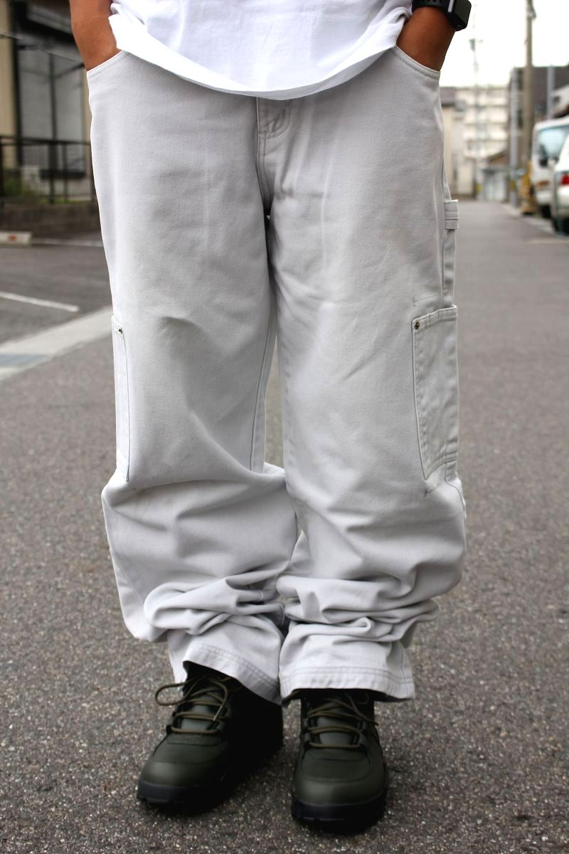 USED!!! GUESS / BUGGY DENIM PANTS (90'S) / light grey