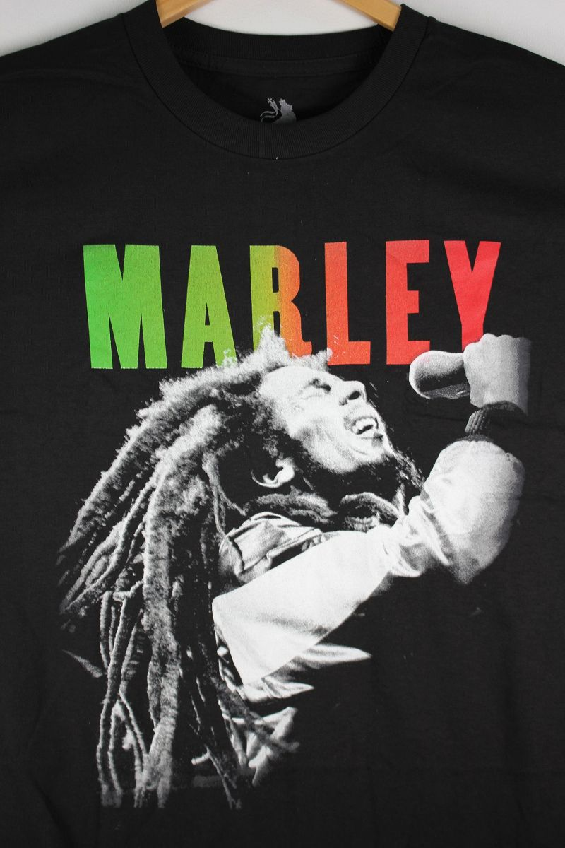 "BOB MARLEY / ""MARLEY SINGING"" Tee / black"