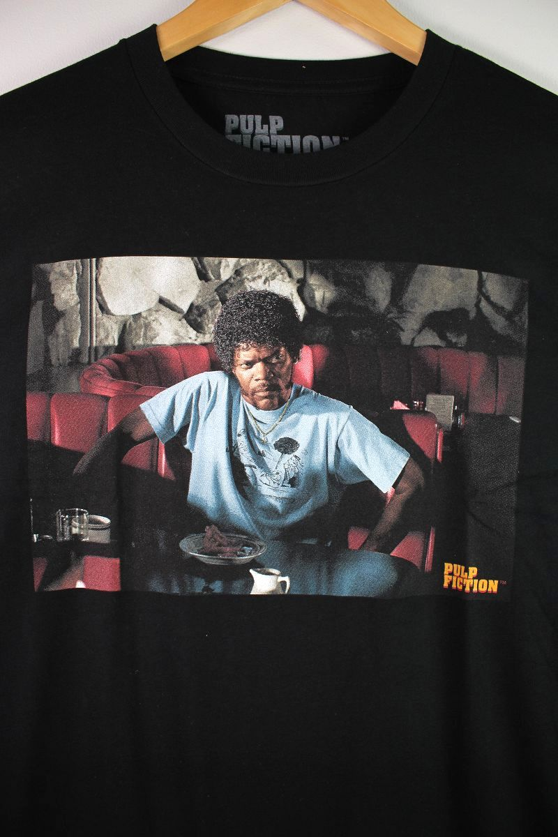 "PULP FICTION / ""JULES IN DINER"" Tee / black"