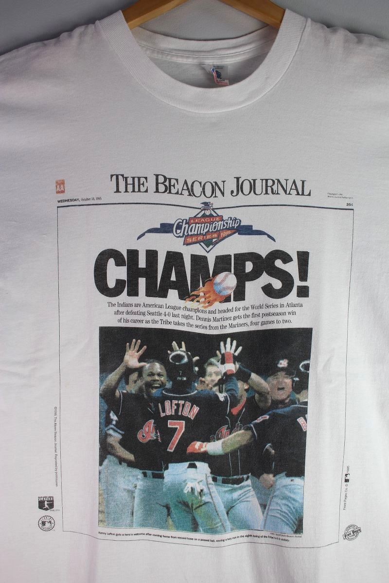 """USED!!! """"CLEVELAND INDIANS on THE BEACON JOURNAL"""" NEWS PAPER  Tee (90'S) / white"""