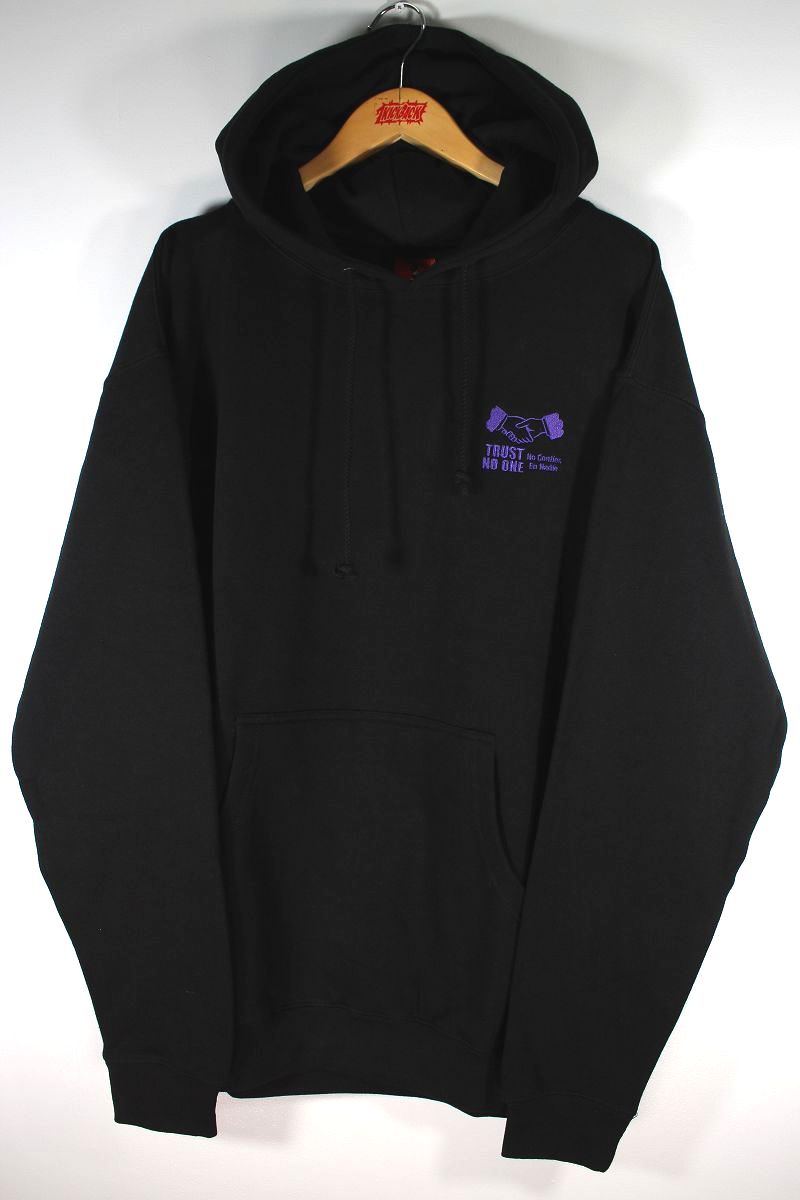 """COLD WORLD FROZEN GOODS / """"TRUST ISSUES"""" PULLOVER HOODIE / black"""