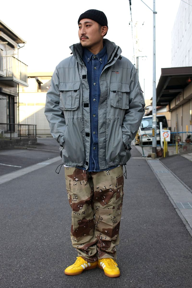 STYLE SAMPLE -208-